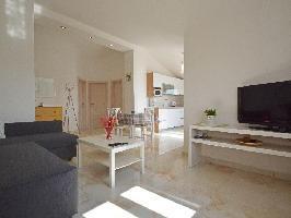 667499) Apartamento En El Centro De Savudrija Con Internet, Aire Acondicionado, Aparcamiento, Terraz