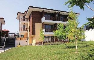 652719) Apartamento En Burgas Con Internet, Piscina, Aire Acondicionado, Jardín