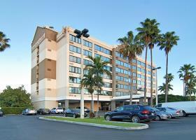 Hotel Fort Lauderdale Airport / Cruise Port Inn