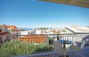 315135) Apartamento En El Centro De Makarska Con Internet, Aire Acondicionado, Jardín, Lavadora