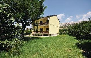 84245) Apartamento En El Centro De Pag Con Internet, Aire Acondicionado, Aparcamiento, Terraza