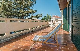 640109) Apartamento En El Centro De Novalja Con Internet, Aire Acondicionado, Jardín, Lavadora