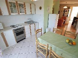 350976) Apartamento En El Centro De Crikvenica Con Internet, Aire Acondicionado, Aparcamiento, Terra