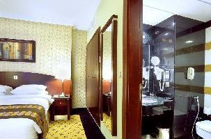 Hotel Leader Al Muna Karim