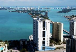 Hotel Doubletree By Hilton Grand Biscayne Bay