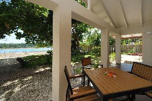 Hotel Erakor Island Resort & Spa