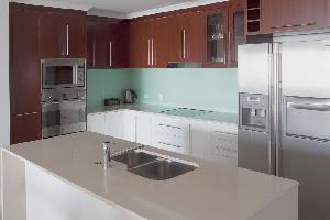 Hotel Waters Edge Apartments Cairns