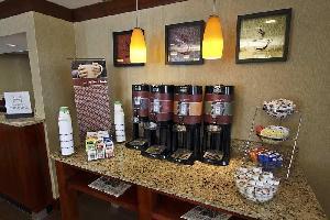 Hotel Red Lion Inn & Suites Fayetteville I-95
