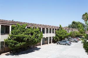 Hotel Super 8 Costa Mesa / Newport Beach Area
