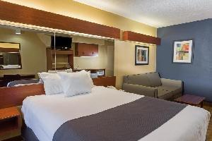Hotel Microtel Inn & Suites By Wyndham Hillsborough