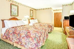 Hotel Days Inn Louisburg