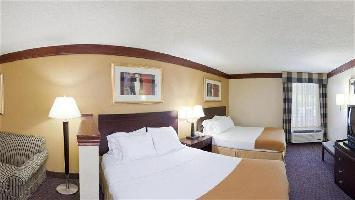 Hotel Days Inn & Suites Tahlequah