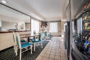 Hotel Rodeway Inn & Suites - Nampa