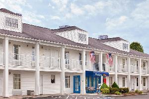 Hotel Baymont Inn & Suites Tullahoma