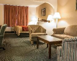 Hotel Baymont Inn & Suites Belleville Airport Area