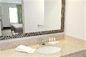 Hotel Super 8 Gainesville Ga
