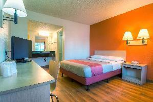 Hotel Motel 6 Newport Beach