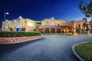 Hotel Baymont Inn & Suites Tampa Near Busch Gardens