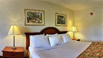 Hotel Baymont Inn And Suites Howell/brighton