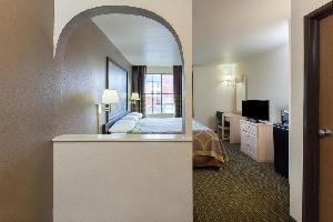 Hotel Super 8 Tulsa Downtown East