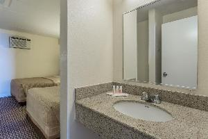 Hotel Travelodge Suites Virginia Beach Oceanfront