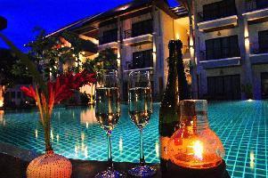 Hotel Navatara Phuket Resort