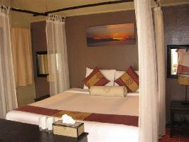Hotel Lawana Escape Beach Resort