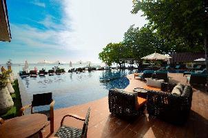 Hotel Akira Lipe Resort