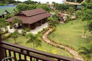 Hotel Phi Phi Andaman Legacy Resort