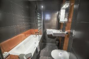 Hotel Kyriad Orange Centre