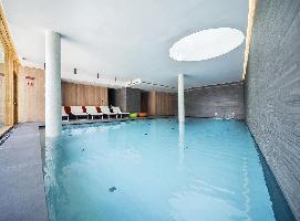 Lajadira Hotel & Spa