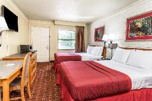 Hotel Days Inn And Suites Altamonte Springs
