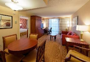 Hotel Courtyard By Marriott Canton