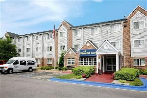 Hotel Microtel Inn By Wyndham Raleigh Durham Airport