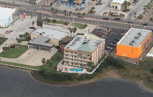 Hotel Blue Bay Inn & Suites