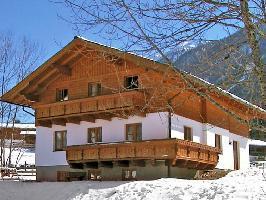 499033) Apartamento En Schladming Con Internet, Aparcamiento, Terraza, Jardín