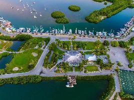 Hotel Banana Bay Resort & Marina