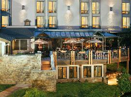The Stonebridge Inn, A Destination Hotel