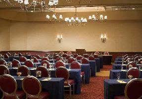 Hotel Doubletree By Hilton Cincinnati Airport