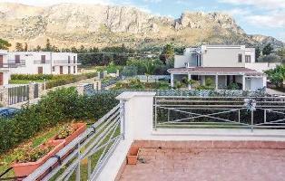 636145) Casa En Terrasini Con Internet, Aire Acondicionado, Aparcamiento, Terraza