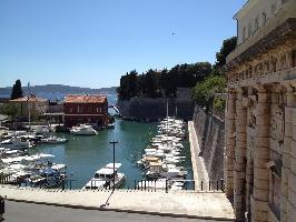 352692) Apartamento En El Centro De Zadar Con Aire Acondicionado