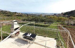 457962) Casa A 1.2 Km Del Centro De Solin Con Internet, Piscina, Aire Acondicionado, Terraza