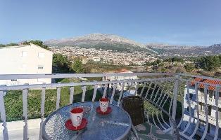 617115) Apartamento En El Centro De Solin Con Internet, Aire Acondicionado, Jardín
