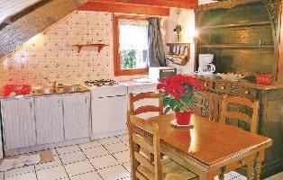 154229) Casa En Moëlan-sur-mer Con Aparcamiento, Jardín, Lavadora