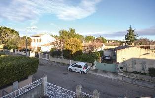 640197) Casa En Nimes Con Piscina, Aparcamiento, Terraza, Jardín