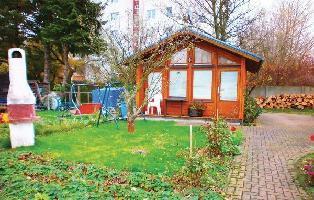 166103) Casa En Rostock Con Jardín