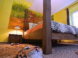 536879) Casa A 648 M Del Centro De Lam Con Aparcamiento, Terraza, Jardín, Balcón
