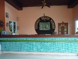 Hotel Coconut Beach Resort