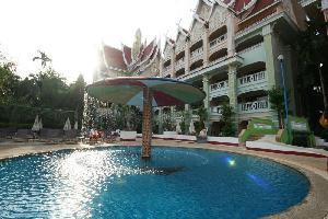 Hotel Aonang Ayodhaya Beach Resort