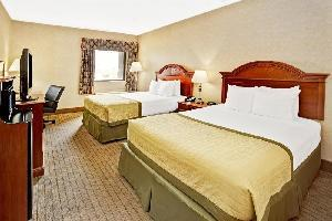 Hotel Baymont Inn & Suites Indianapolis Airport North